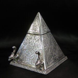 A rare pyramid shaped ink well and pen stand.